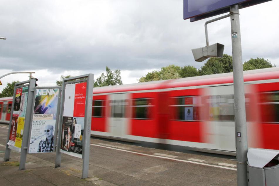 Der Vorfall geschah in einer S-Bahn. (Symbolbild)