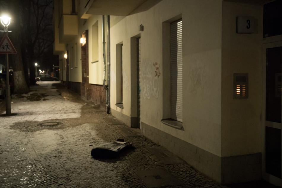 Im Berliner Stadtteil Neukölln hat es in der Nacht zum Sonntag 14 Mal gebrannt.