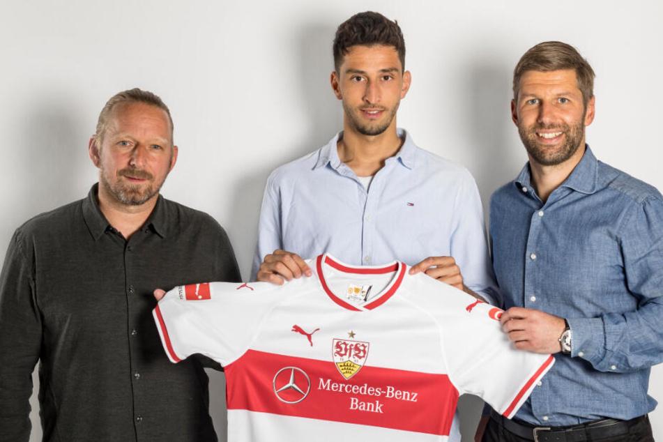 Von links: Sportdirektor Sven Mislintat, Atakan Karazor und Sportvorstand Thomas Hitzlsperger.