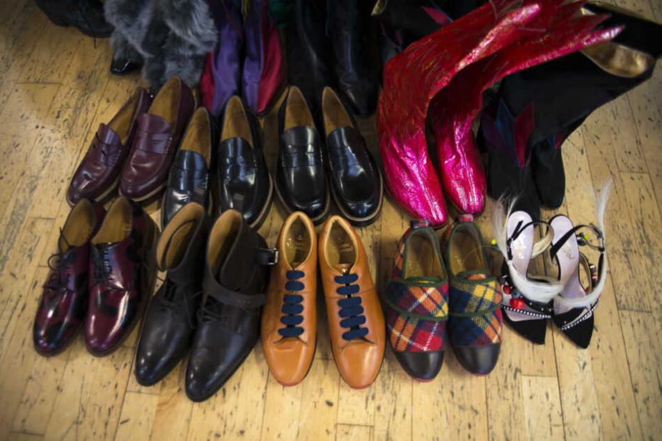 Irrer Raub: 770 Paar Schuhe gestohlen