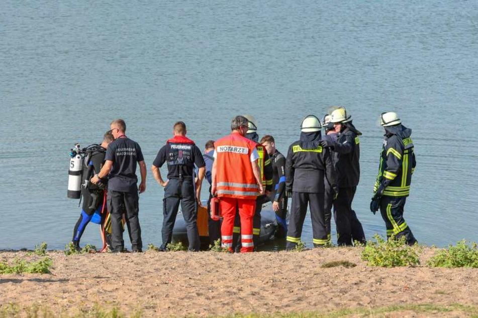 Ein Großaufgebot an Feuerwehr, Polizei und Sanitätern war am Samstagnachmittag am Salbker See 1 wegen einer vermissten Person im Einsatz.