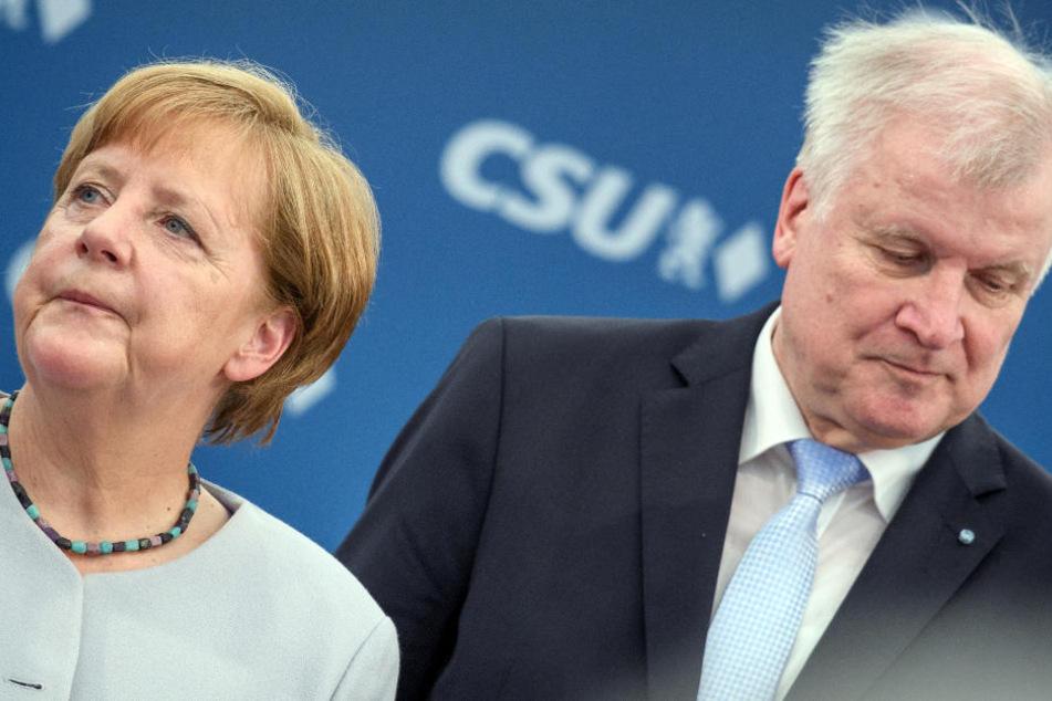 """""""Störenfried""""! So viele Deutsche fordern den Rücktritt von Innenminister Seehofer"""