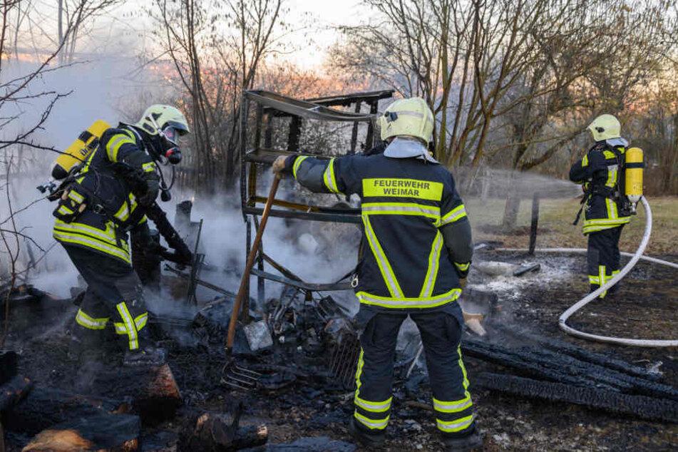 Mann verschwindet aus Klinik und taucht schwer verletzt in brennender Hütte wieder auf