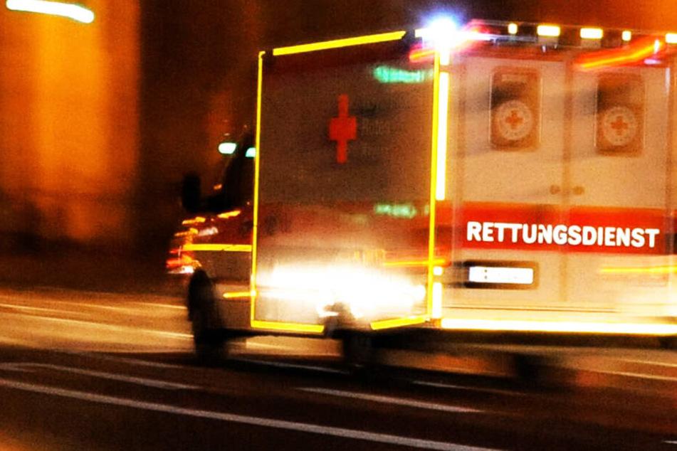 Die Rettungskräfte konnten das Leben des jungen Mannes nicht retten. (Symbolbild)