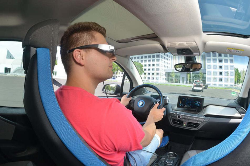 Mit diesem BMW i3 testen die Forscher unter anderem  Fahrerassistenzsysteme.