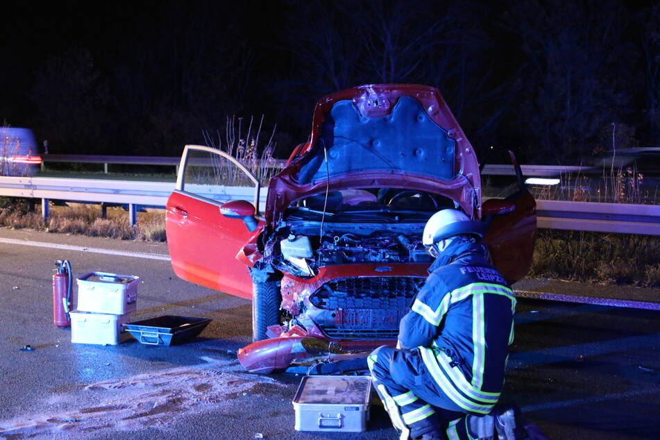 Sowohl der Fahrer des Ford als auch des Audi erlitten schwere Verletzungen.