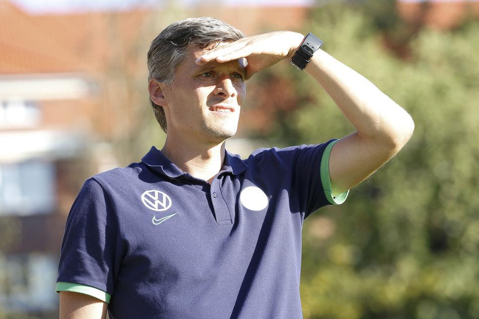 """Rüdiger Ziehl (42), zuletzt Coach der """"U23"""" beim VfL Wolfsburg, gilt als der heißeste Kandidat für den Trainerposten bei den Himmelblauen."""