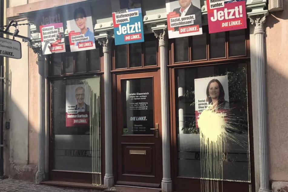 Unbekannte hatten Farbbeutel gegen die Scheiben der Linken-Landtagsabgeordneten geschmissen.