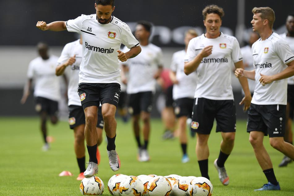 Die Leverkusen-Spieler trainieren vor dem Spiel gegen Inter Mailand.