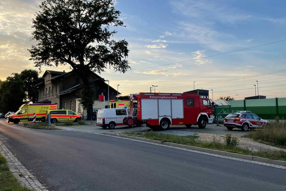 Polizei, Feuerwehr und Krankenwagen kamen allesamt zum Unfallort.