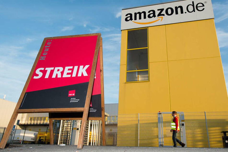 Die Beschäftigten der Amazon-Niederlassung Leipzig gehen auch am Samstag wieder auf die Straße.