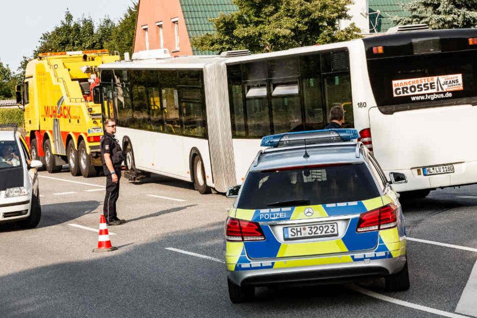 Dieser Lübecker Linienbus wurde am Freitagabend zum Tatort.