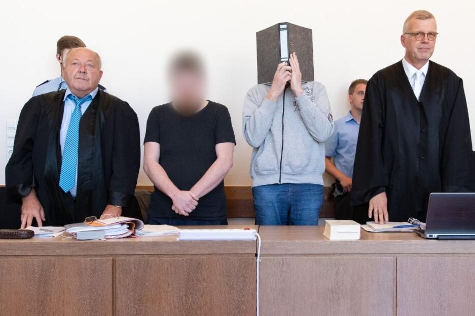 Prozess um Missbrauchsfall Lügde: Landgericht verhört Polizisten
