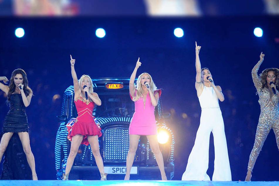 Die Spice Girls stümten in den 1990er Jahren die Charts (v.l.n.r. Mel C, Geri Halliwell, Emma Bunton, Victoria Beckham, Melanie Brown).