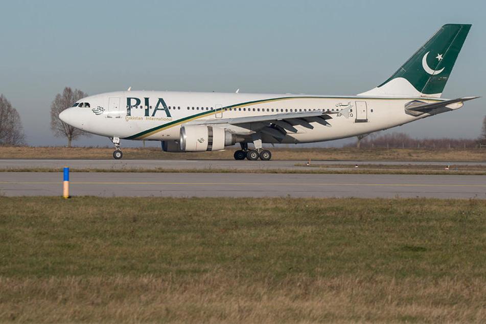 Der ausrangierte PIA-Airbus 310 nach seiner Landung im Dezember in Leipzig. Der Start der Direktverbindung Leipzig/Halle - New York City verzögert sich weiterhin.