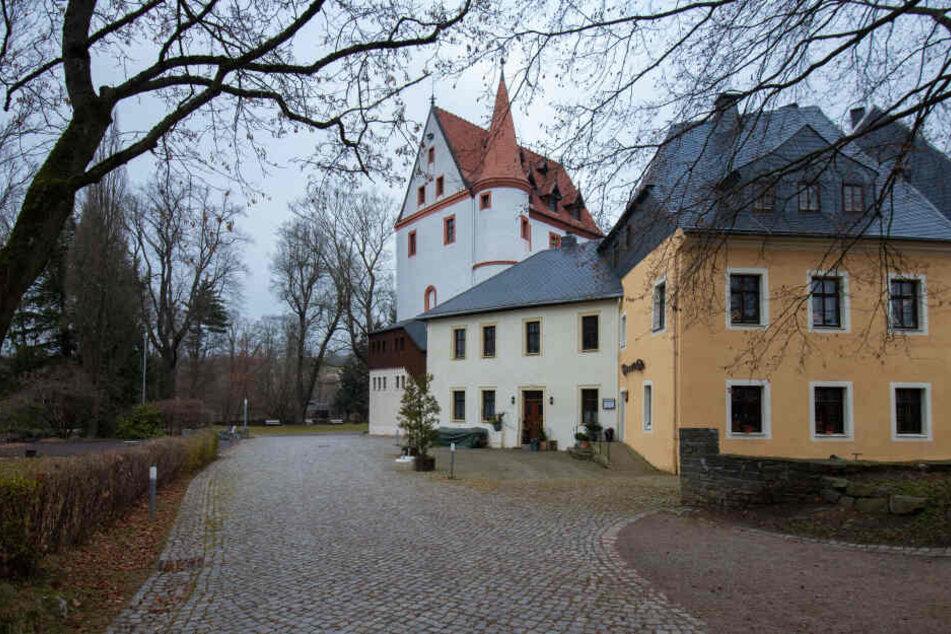 Der Angriff passierte am Rande eines Fests im Schlosspark in Schlettau.