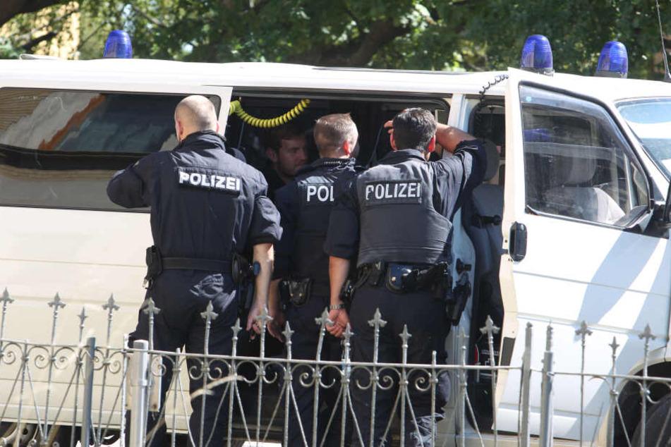 Aufgrund einer Bedrohungslage gab es am Dienstagabend in Bergisch Gladbach einen SEK-Einsatz (Symbolbild).