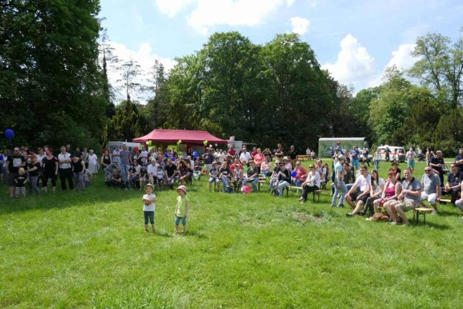 """Das Kinderhospiz """"Bärenherz"""" veranstaltete am Samstag bereits zum zweiten Mal seinen Blaulichttag."""