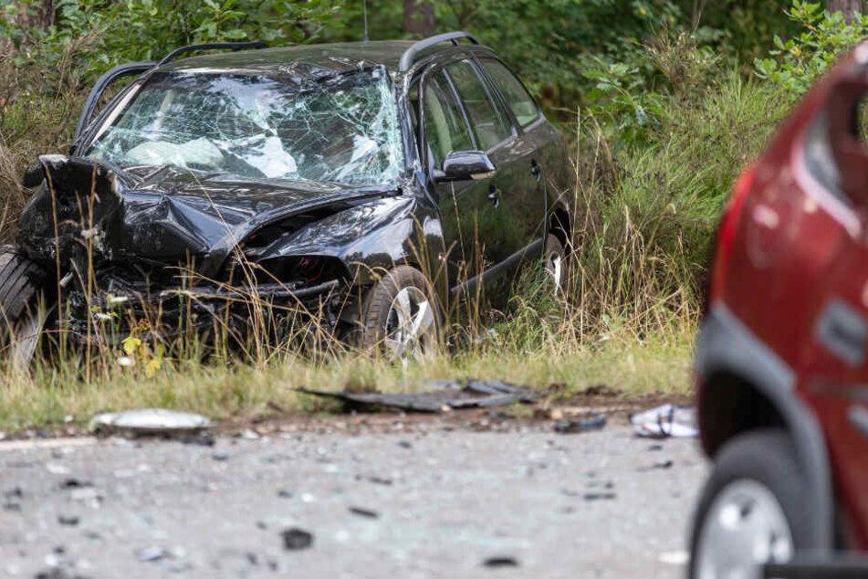 Auf einer Landstraße im bayerischen Landkreis Roth hat sich ein Unfall ereignet.