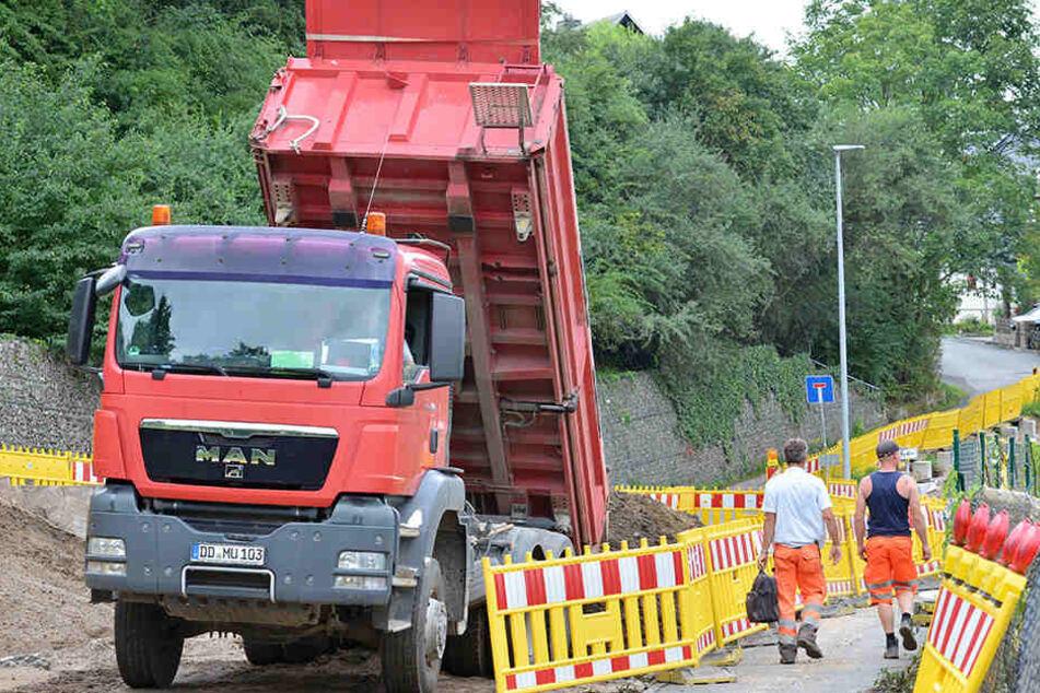 Die Verbindungsstraße nach Freital wird erneuert und ausgebaut.