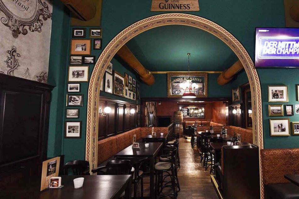 Der Pub in der August-Bebel-Straße sorgte für hitzige Diskussionen.