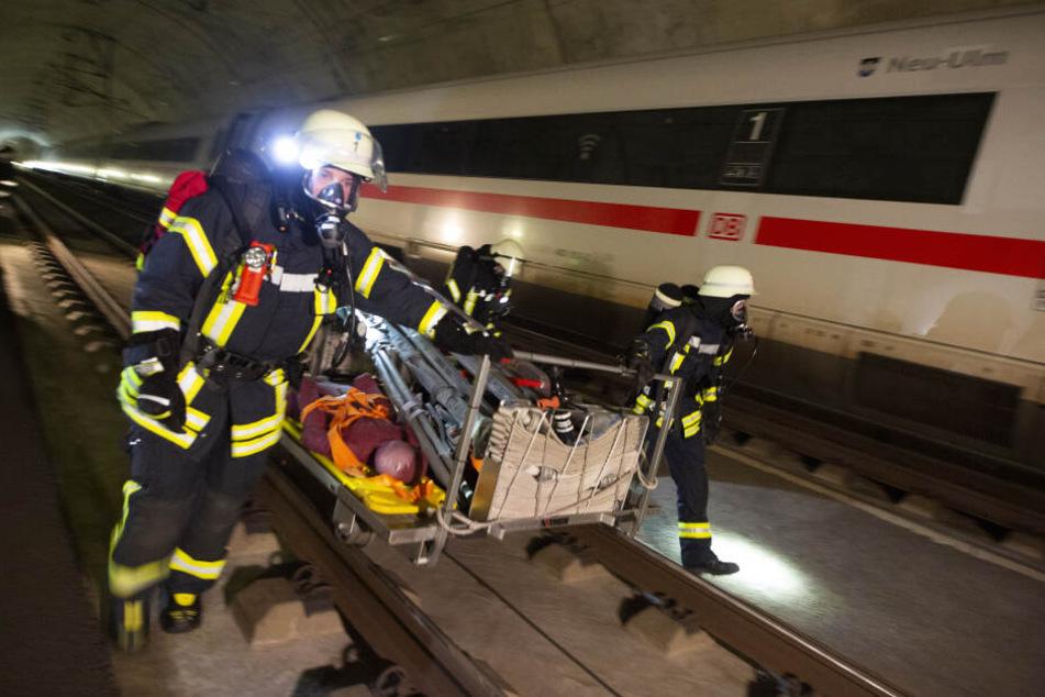 180 Rettungskräfte beteiligten sich an der Übung und probten den Ernstfall.