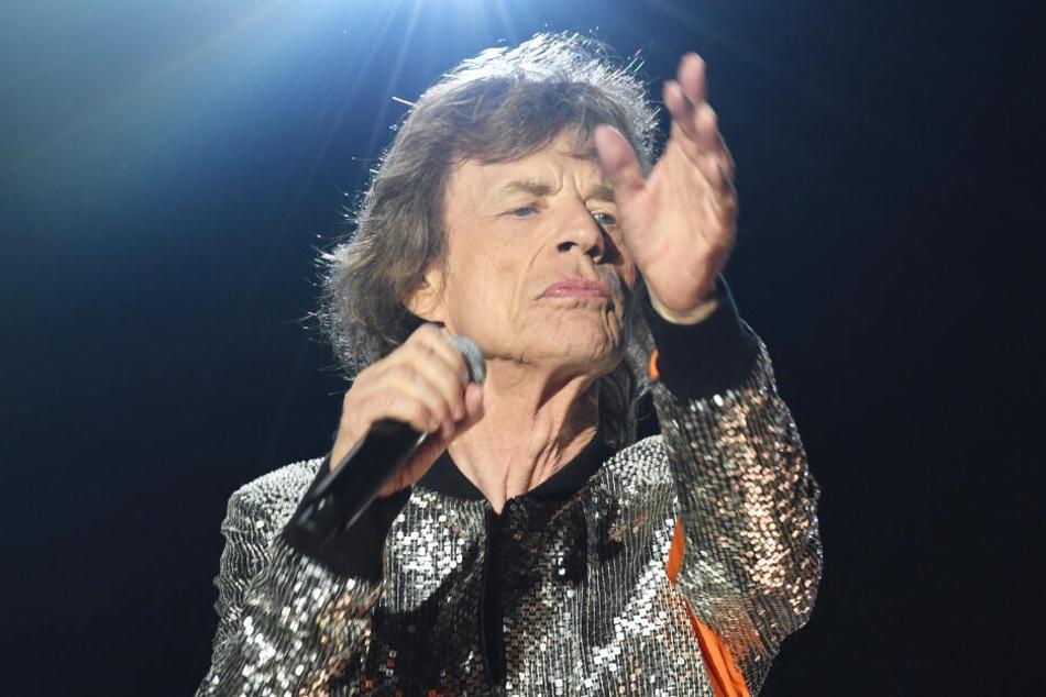 Mick Jagger singt beim Stones-Konzert in Hamburg.