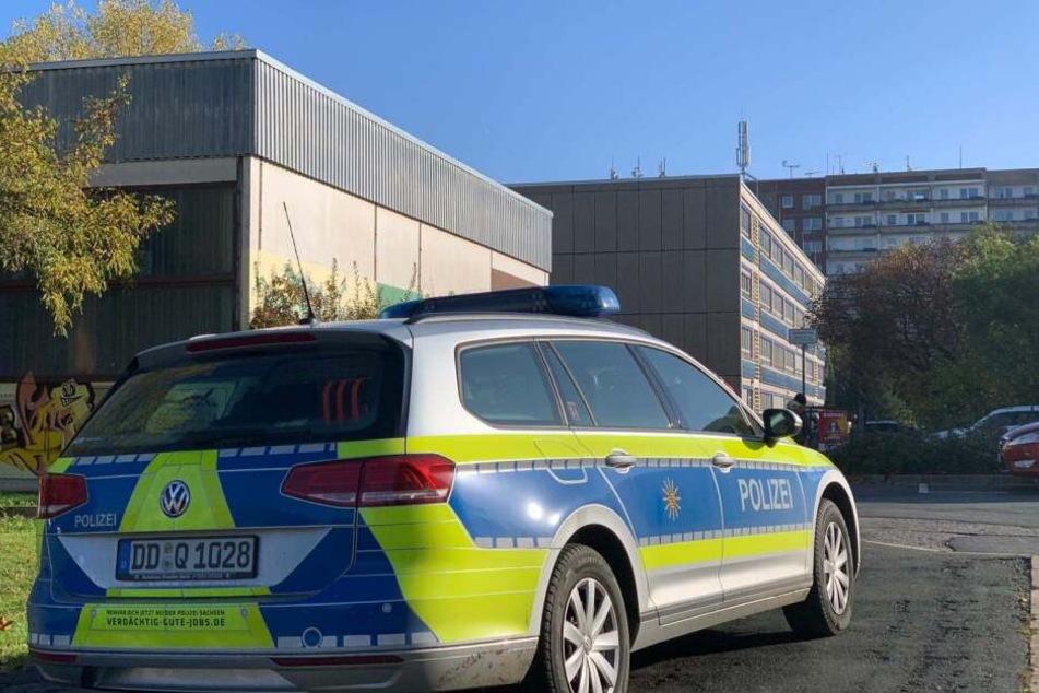 In Plauen gab es eine Bombendrohung gegen die Hufeland-Oberschule und der Grundschule Wartberg.