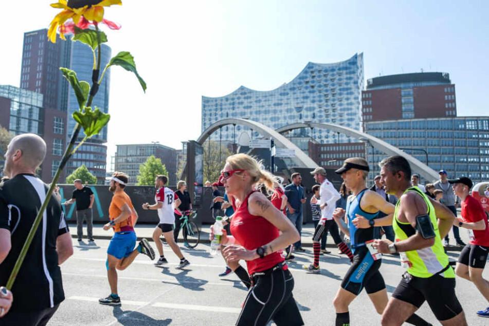 Die Veranstalter sind nicht unbedingt glücklich über den 33. Hamburger Marathon.