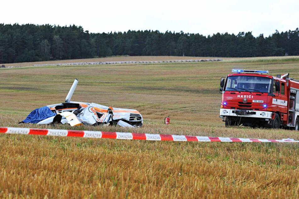 Bei einem Hubschrauberabsturz in Tschechien kamen am Dienstag zwei Personen ums Leben.