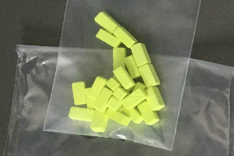 Einige der rund 30 Ecstasy-Pillen hatten Dominostein-Muster.