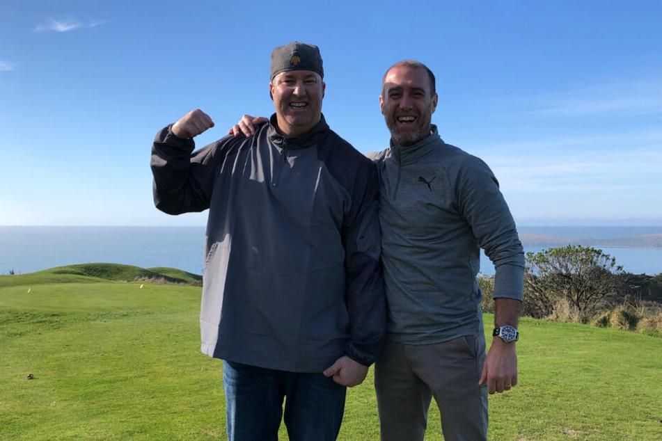 An der Pazifikküste ist es dann doch etwas zu frisch, um nur im T-Shirt mit den alten Highschool-Freunden zu golfen.