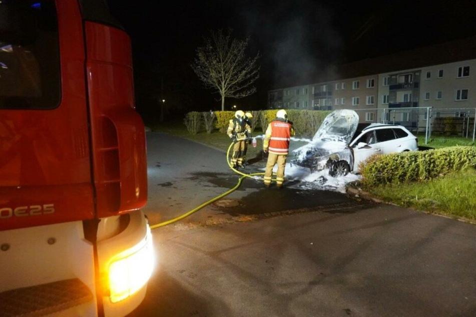 Das dritte Auto, das gegen 2 Uhr brannte, gehörte einem Kameraden der Freiwilligen Feuerwehr.
