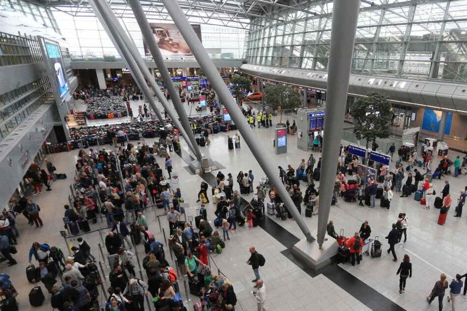 Am Flughafen Düsseldorf gab es am Mittwoch zwei größere Pannen.