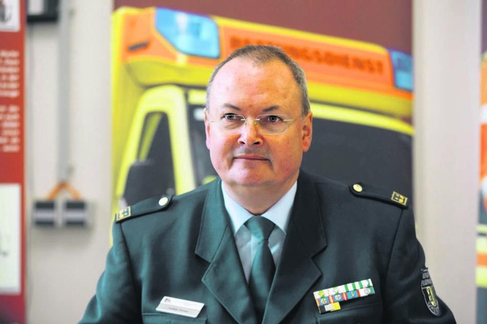 Feuerwehrchef Andreas Rümpel (59) setzt auf die Nachwuchsausbildung.