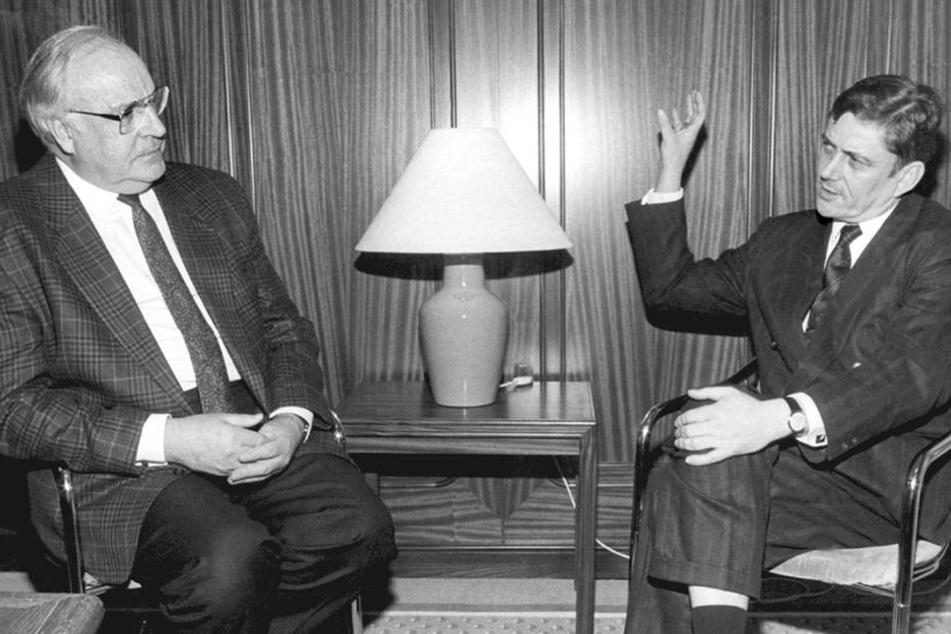 Wolfgang Berghofer (r.) 1989 mit dem damaligen Bundeskanzler Helmut Kohl (†87) in Dresden.