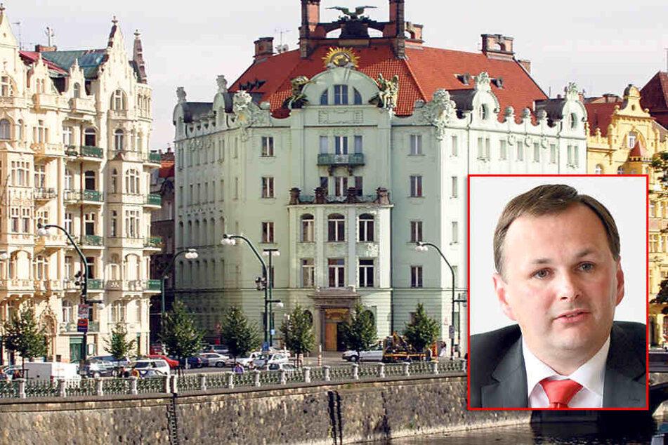 Sein Auftritt im Prager Goethe-Institut gefällt der Linken nicht: Kurt Biedenkopf (86)las aus seinen Tagebüchern.