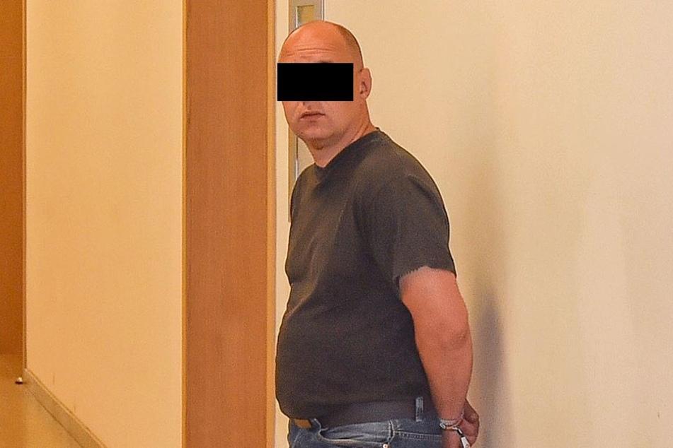 Mike M. (39) soll laut Urteil Schmerzensgeld an sein Opfer zahlen.