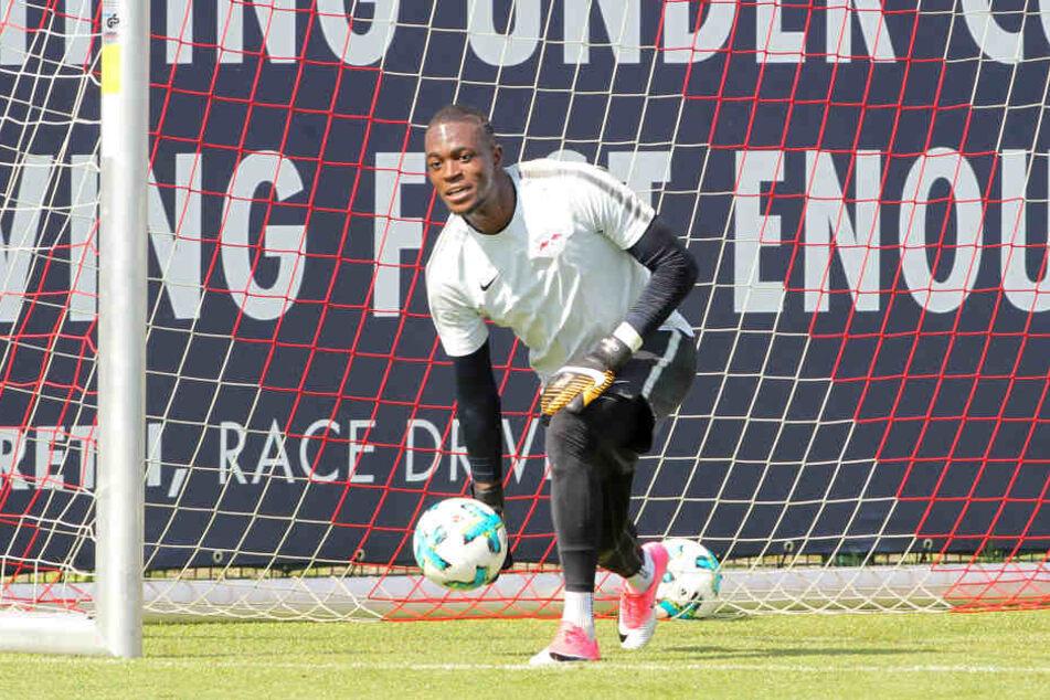 Darf sich über Einsätze in Englischen Wochen freuen: Ersatzkeeper Yvon Mvogo (24).