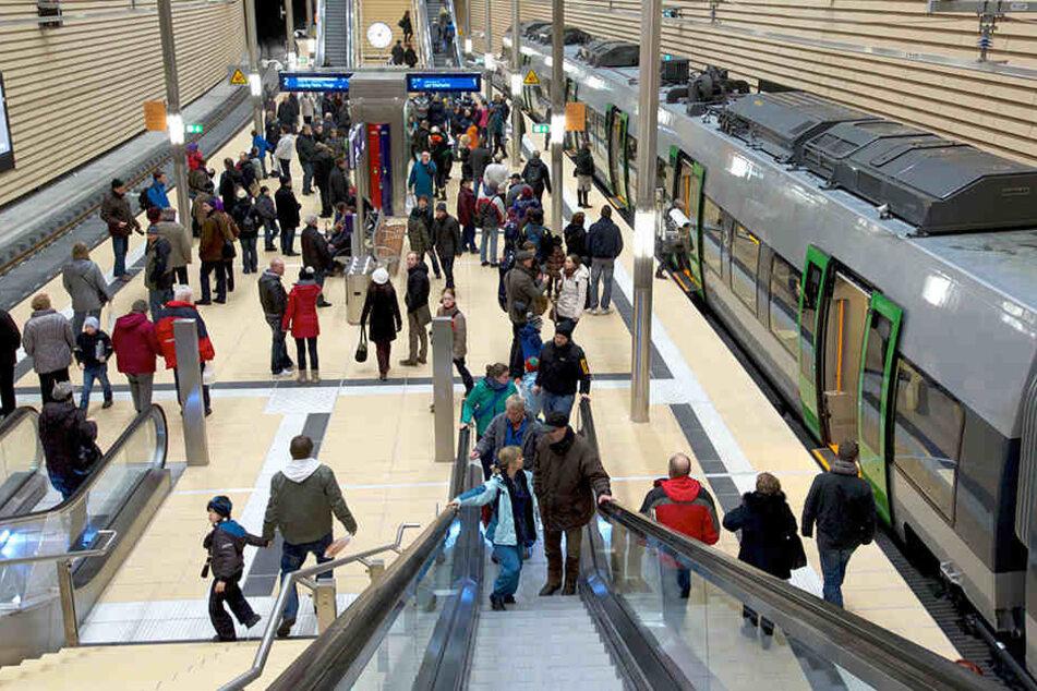 8000 bis 10.000 Menschen pendeln täglich zwischen Leipzig und Halle.