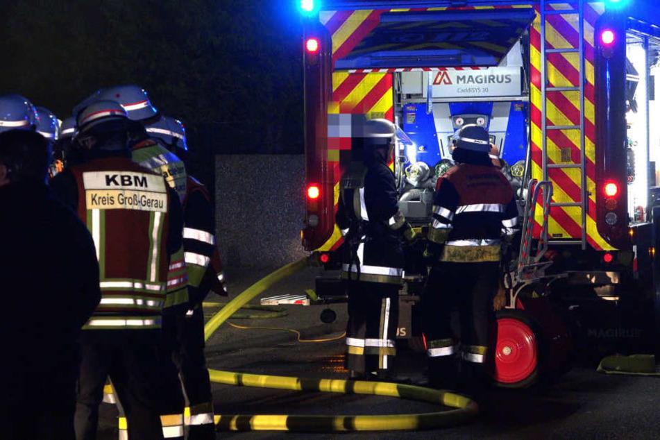 Die Feuerwehr löschte den Brand umgehend, die Bewohner konnten danach zurück in ihre Appartements (Symbolbild).