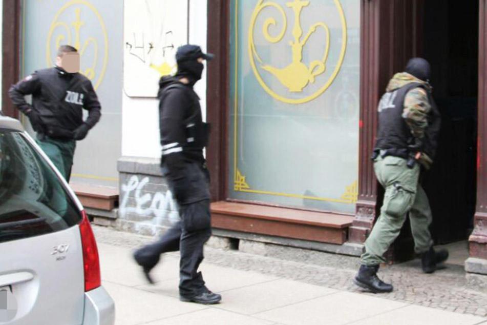 Die Beamten des Zolls durchsuchten am Mittwoch in Leipzig insgesamt 23 Objekte.