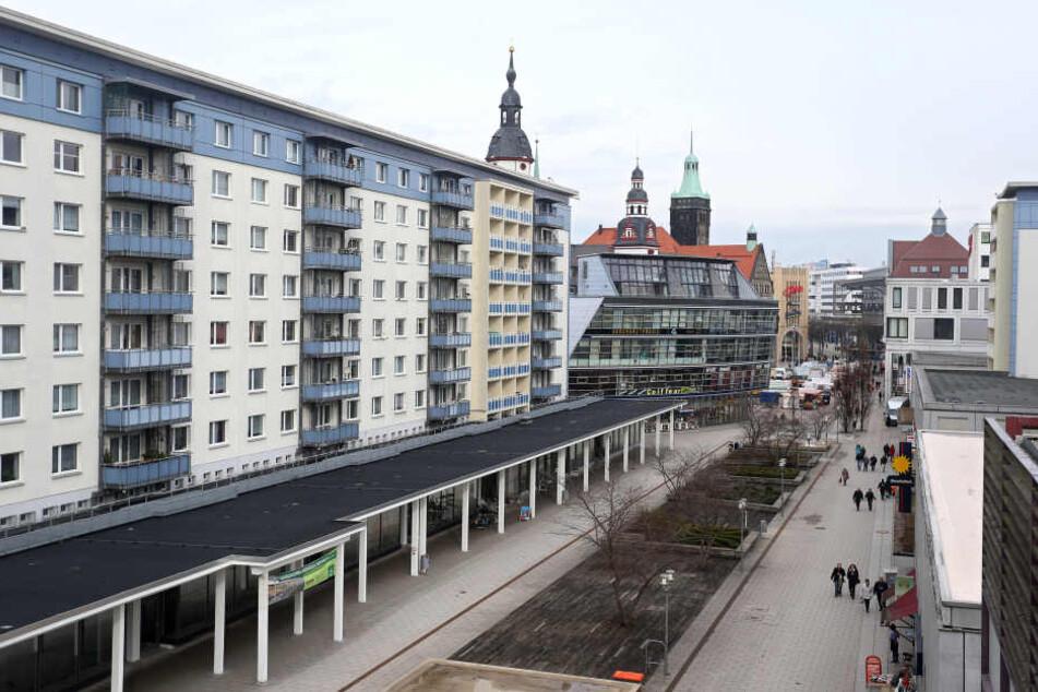 Chemnitz: Junge Frau mitten in der City belästigt und begrapscht