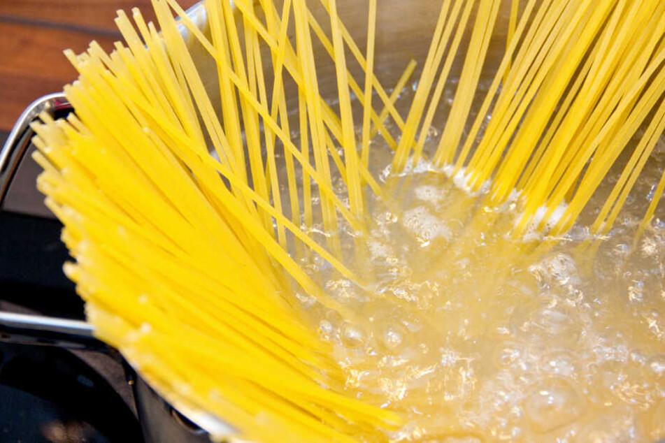 Unter anderem sind Spaghetti-Nudeln betroffen. (Symbolbild)