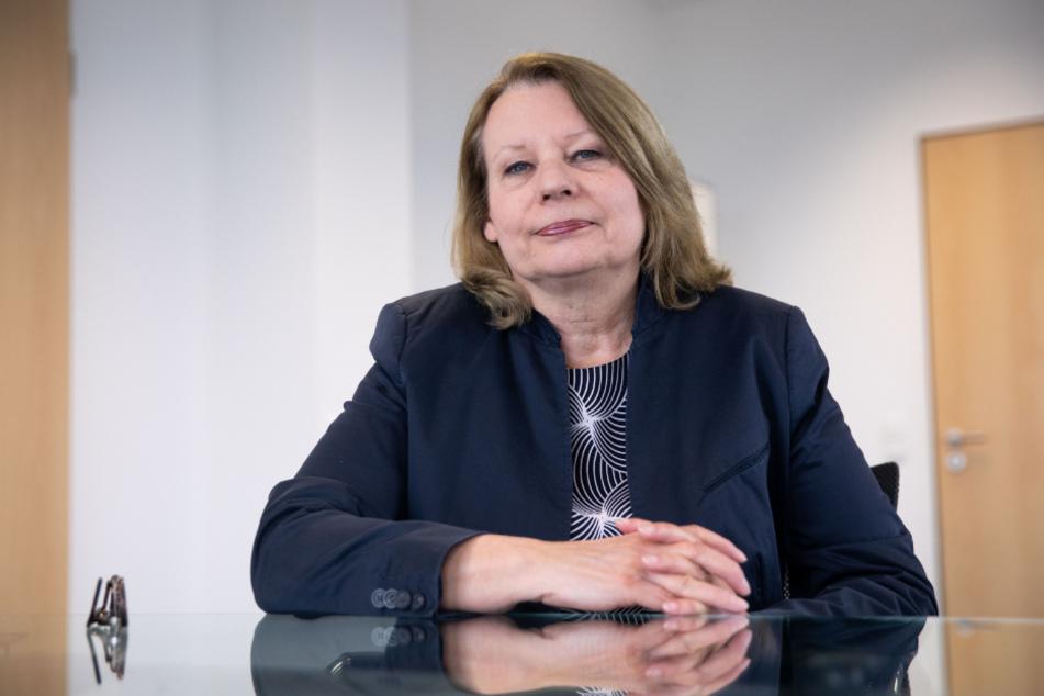 Die scheidende Gesundheitssenatorin Cornelia Prüfer-Storcks wanrt vor Nachlässigkeit. (Archivbild)