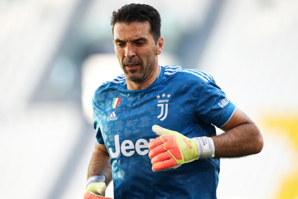 Gianluigi Buffon (42) stand am Sonntag zum 648 Mal in der Serie A im Tor!