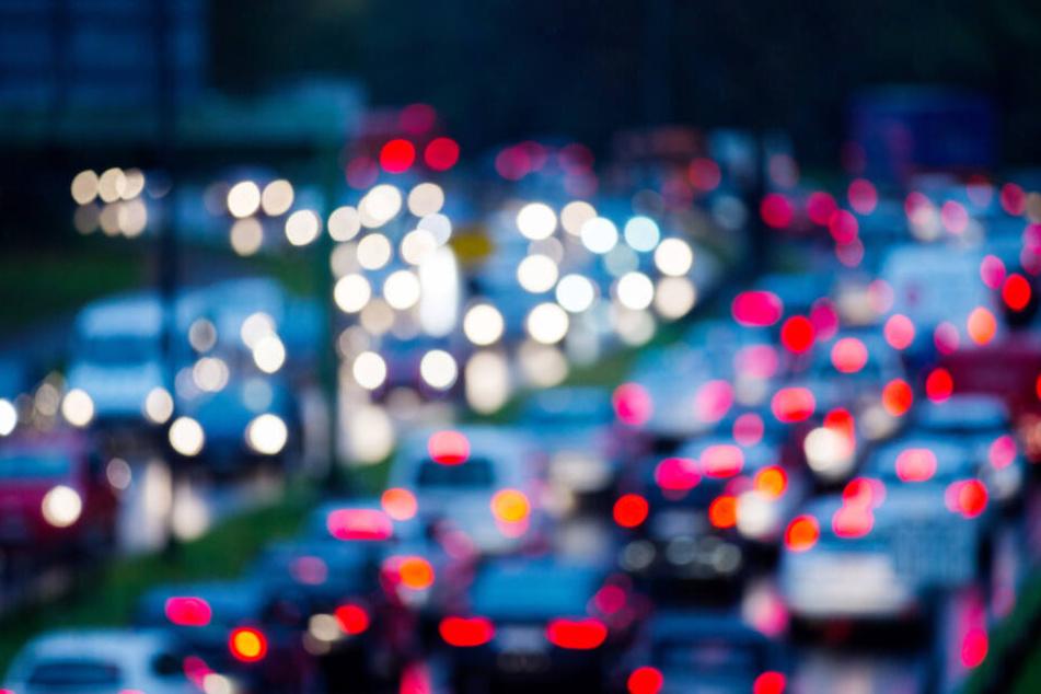 Montagsfrüh in NRW: Stau auf den Autobahnen