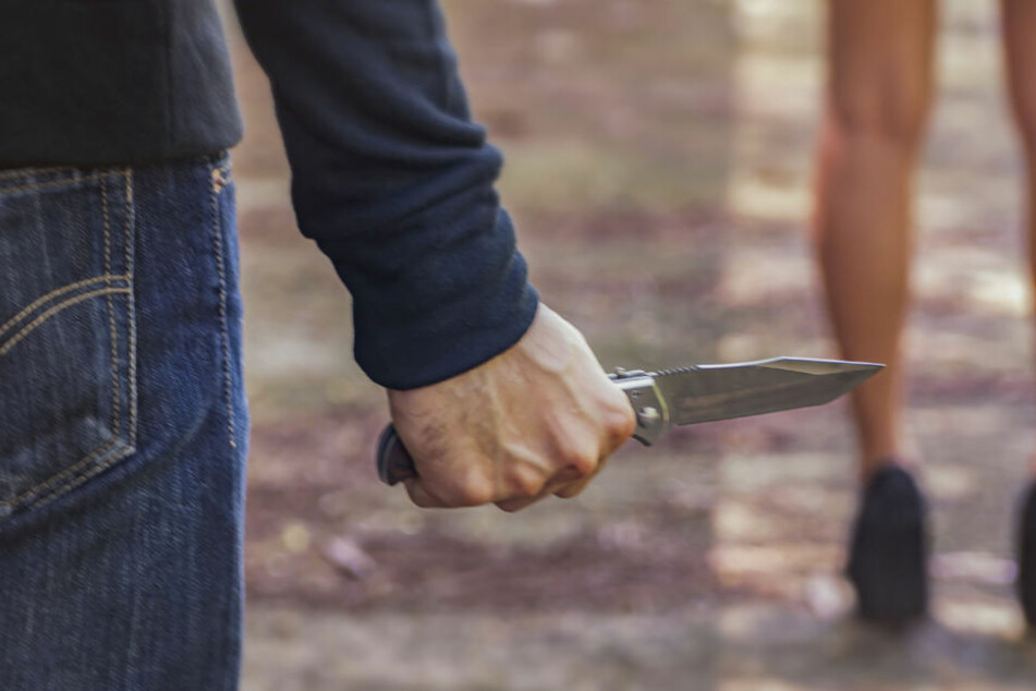16-jähriger Flüchtling sticht mehrfach auf Ex-Freundin ein