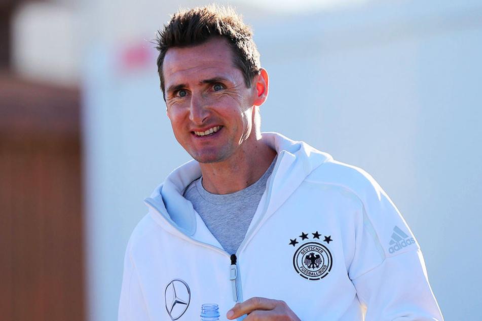 Miroslav Klose ist zurück beim FC Bayern München - als Trainer der U17!