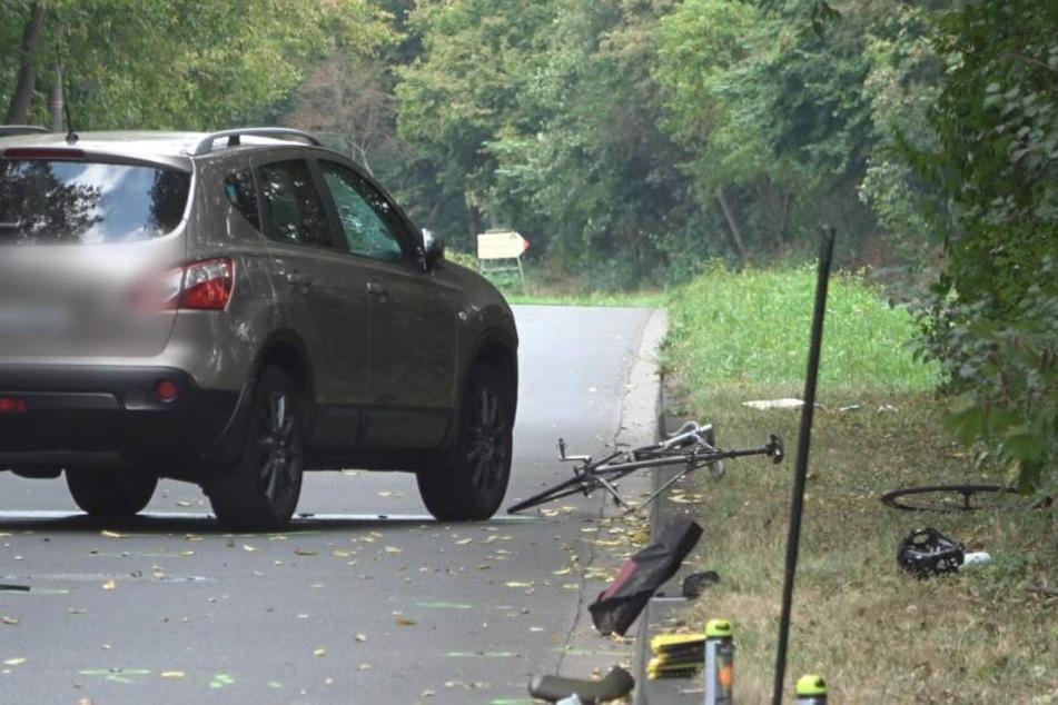 Lebensgefahr: Radfahrer auf falscher Spur von SUV erfasst